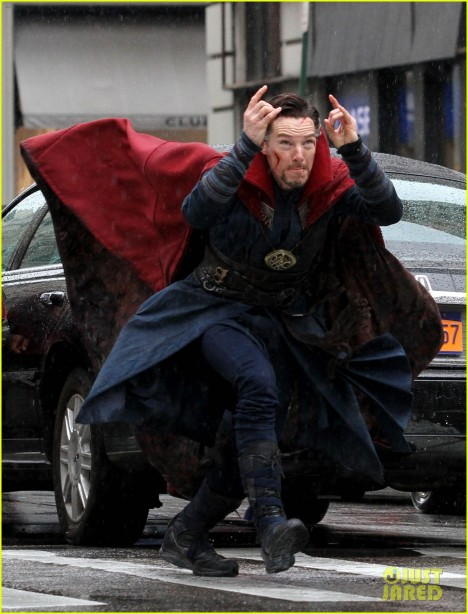 benedict-cumberbatch-films-doctor-strange-in-nyc-first-pics-41