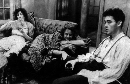 Jodie Foster y John Cusack en Sombras y niebla